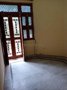 Gallery Cover Image of 1800 Sq.ft 3 BHK Apartment for rent in Matiala for 30000