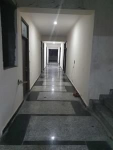Gallery Cover Image of 575 Sq.ft 1 BHK Apartment for buy in Sector 105 for 1661000