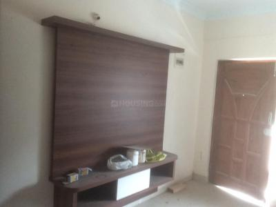 Gallery Cover Image of 845 Sq.ft 2 BHK Apartment for rent in Domlur Layout for 25000