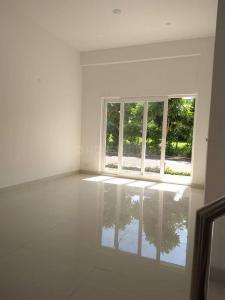 Gallery Cover Image of 1450 Sq.ft 3 BHK Villa for rent in Paramount Golfforeste Villas, Surajpur for 12000