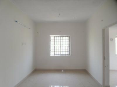 Gallery Cover Image of 590 Sq.ft 1 BHK Apartment for rent in Mugalivakkam for 15000