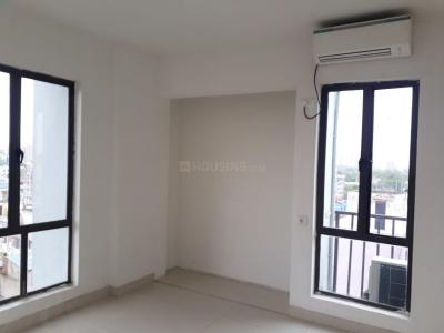 Gallery Cover Image of 1600 Sq.ft 3 BHK Apartment for rent in Beliaghata for 35000