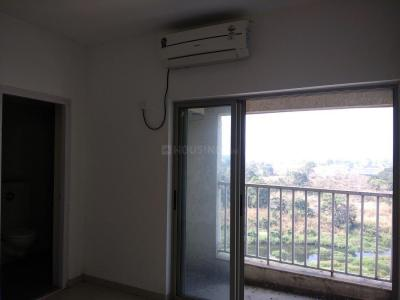 Gallery Cover Image of 909 Sq.ft 2 BHK Apartment for buy in Palava Phase 1 Nilje Gaon for 5700000