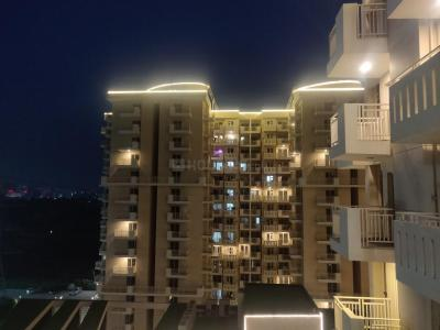 Gallery Cover Image of 1270 Sq.ft 2 BHK Apartment for buy in Sector 68 for 8000000