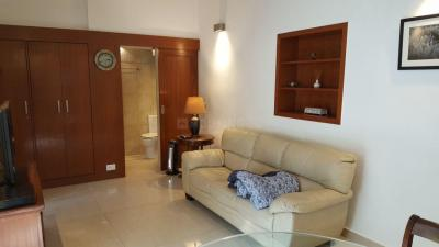 Gallery Cover Image of 1200 Sq.ft 1 BHK Independent House for rent in Jor Bagh for 120000