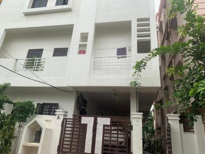 Gallery Cover Image of 1000 Sq.ft 2 BHK Independent Floor for buy in Champapet for 44000000
