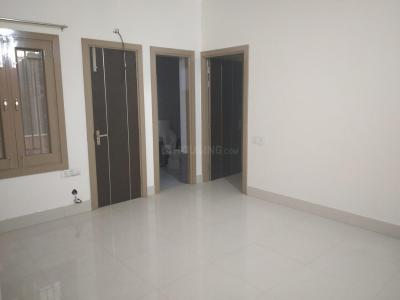 Gallery Cover Image of 800 Sq.ft 2 BHK Independent Floor for rent in Hazuri Bagh for 10000