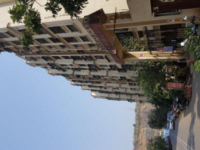 Gallery Cover Image of 915 Sq.ft 2 BHK Apartment for rent in Kandivali East for 29000