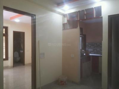 Gallery Cover Image of 700 Sq.ft 2 BHK Apartment for buy in Mayur Vihar Phase 1 for 4500000