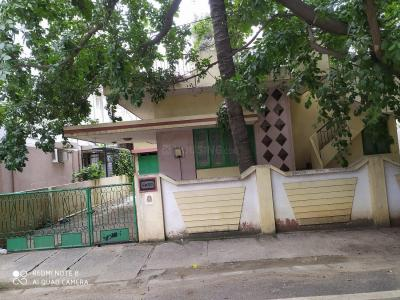 Gallery Cover Image of 2400 Sq.ft 3 BHK Independent House for buy in Domlur Layout for 36000000
