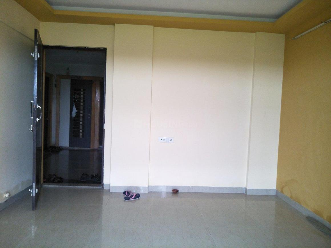 Living Room Image of 665 Sq.ft 1 BHK Apartment for rent in Vasai West for 8500
