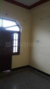 Gallery Cover Image of 750 Sq.ft 3 BHK Independent House for rent in Chandrayangutta for 18500