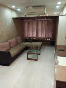 Gallery Cover Image of 1500 Sq.ft 3 BHK Apartment for rent in Khar West for 150000