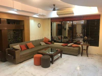 Gallery Cover Image of 2000 Sq.ft 4 BHK Apartment for rent in Anushakti Nagar for 120000