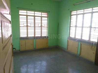 Gallery Cover Image of 850 Sq.ft 2 BHK Apartment for rent in Lake Town for 11000