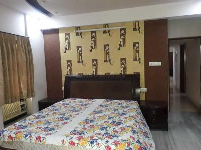 Gallery Cover Image of 2200 Sq.ft 3 BHK Apartment for rent in Mani Karn, Beliaghata for 60000