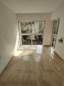 Gallery Cover Image of 910 Sq.ft 2 BHK Apartment for buy in Vile Parle West for 35000000