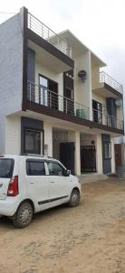 Gallery Cover Image of 1602 Sq.ft 3 BHK Independent House for buy in Crossings Republik for 4614000