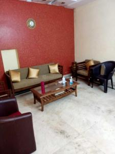 Gallery Cover Image of 900 Sq.ft 2 BHK Independent Floor for rent in Vinoba Puri, Lajpat Nagar for 25000