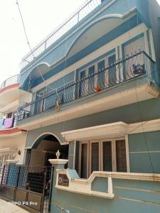 Gallery Cover Image of 2000 Sq.ft 2 BHK Independent House for buy in C V Raman Nagar for 16500000