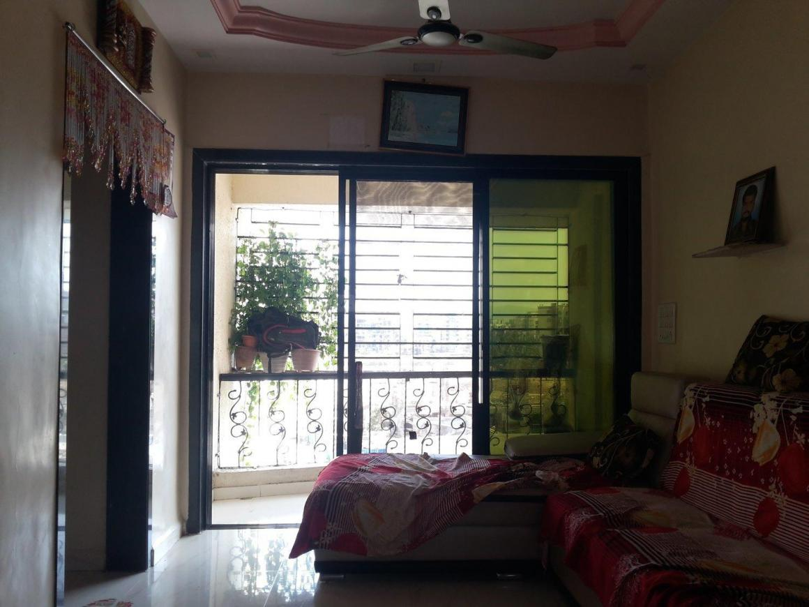 Living Room Image of 850 Sq.ft 3 BHK Apartment for buy in Mira Road East for 7800000