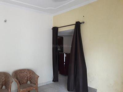Gallery Cover Image of 550 Sq.ft 1 BHK Independent Floor for rent in DLF Phase 4 for 17000
