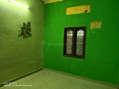 Gallery Cover Image of 1200 Sq.ft 2 BHK Independent House for rent in Selaiyur for 10000