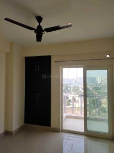 Gallery Cover Image of 1250 Sq.ft 2 BHK Apartment for rent in Noida Extension for 10000