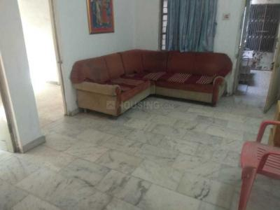 Gallery Cover Image of 1025 Sq.ft 2 BHK Apartment for rent in Jivrajpark for 12500