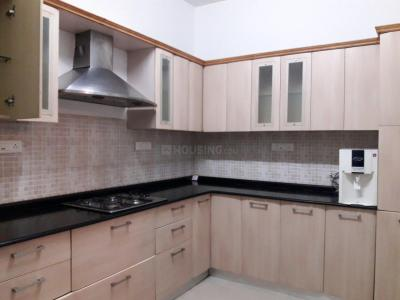 Gallery Cover Image of 1826 Sq.ft 3 BHK Apartment for buy in Adarsh Palm Retreat Tower 1, Bellandur for 16000000