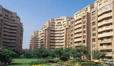 Gallery Cover Image of 2000 Sq.ft 3 BHK Apartment for buy in DLF Phase 2 for 22500000