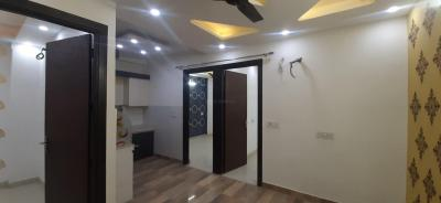 Gallery Cover Image of 910 Sq.ft 3 BHK Independent Floor for buy in Dwarka Mor for 5851000