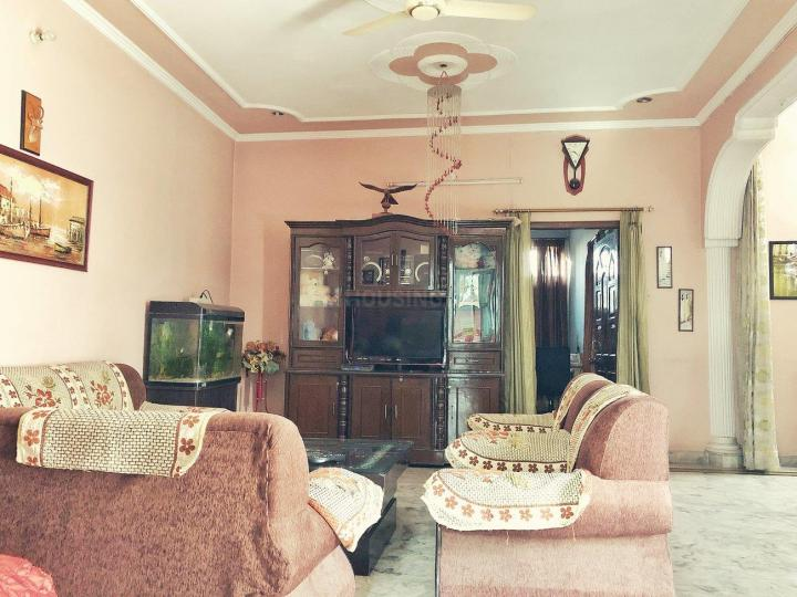 Living Room Image of 2700 Sq.ft 2 BHK Villa for rent in Sector 10 for 25000