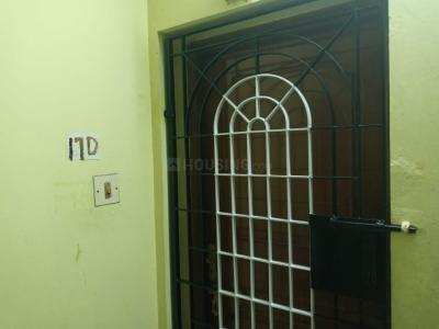 Gallery Cover Image of 783 Sq.ft 3 BHK Apartment for buy in  Mathu Apartments, Valasaravakkam for 4500000