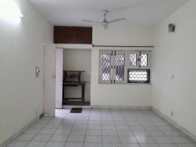 Gallery Cover Image of 900 Sq.ft 2 BHK Independent Floor for buy in DDA Flats Sarita Vihar, Sarita Vihar for 9300000