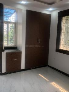 Gallery Cover Image of 2202 Sq.ft 3 BHK Apartment for rent in Sector 80 for 22000