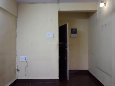 Gallery Cover Image of 650 Sq.ft 1 BHK Apartment for rent in Stone Castle Apartments, Borivali West for 15000