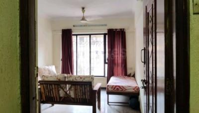 Gallery Cover Image of 1050 Sq.ft 2 BHK Apartment for rent in Malad West for 38000