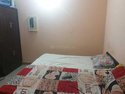 Bedroom Image of Radhe Radhe PG in Sector 39