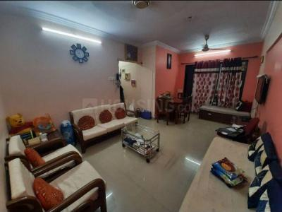 Gallery Cover Image of 1020 Sq.ft 2 BHK Apartment for buy in Ritej Jaydev Tower, Kandivali West for 14500000