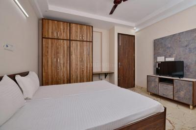 Bedroom Image of Oyo Life Grg1286 in DLF Phase 3