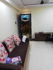Gallery Cover Image of 650 Sq.ft 1 BHK Apartment for rent in Goregaon West for 33000