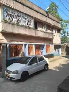 Gallery Cover Image of 1500 Sq.ft 5 BHK Independent Floor for rent in Picnic Garden for 25000