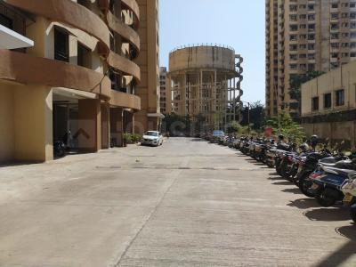 Gallery Cover Image of 980 Sq.ft 2 BHK Apartment for rent in Hubtown Greenwoods, Thane West for 22500