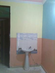 Gallery Cover Image of 1000 Sq.ft 2 BHK Independent House for buy in Sector 105 for 3000000