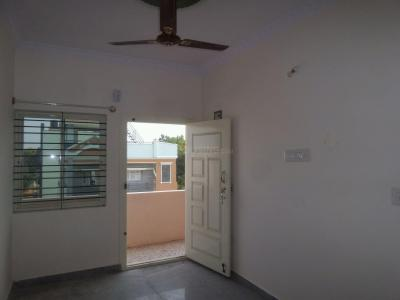 Gallery Cover Image of 850 Sq.ft 2 BHK Apartment for rent in Class D Employees Housing Society Layout for 12000