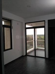 Gallery Cover Image of 1600 Sq.ft 3 BHK Apartment for rent in JBL Shraddha Pioneer, GIDC Vatwa for 7500