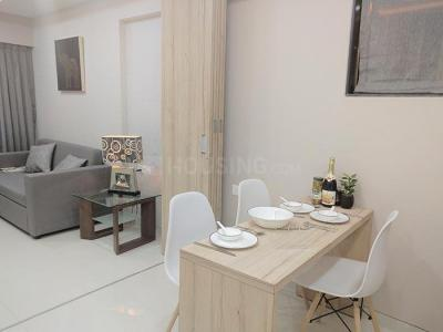 Gallery Cover Image of 630 Sq.ft 1 BHK Apartment for buy in Parinee Essence, Kandivali West for 8424000