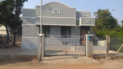 Gallery Cover Image of 2400 Sq.ft 2 BHK Independent House for buy in Puzhal for 9500000