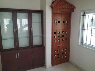 Gallery Cover Image of 2400 Sq.ft 3 BHK Villa for rent in Bommasandra for 30000